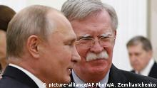 Russian President Vladimir Putin meets with US national security adviser John Bolton in Moscow (picture-alliance/AP Photo/A. Zemlianichenko)