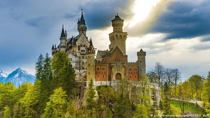 Ungebrochener Zauber Schloss Neuschwanstein Wird 150 Dw