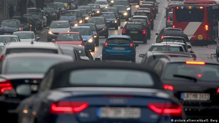 Expertos advierten: a mayor tráfico, más contaminación