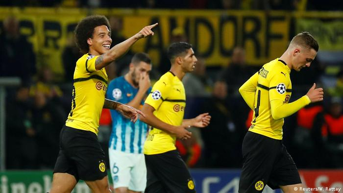 Axel Witsel (left) celebrates his goal | Tor Witsel (Reuters/W. Rattay)