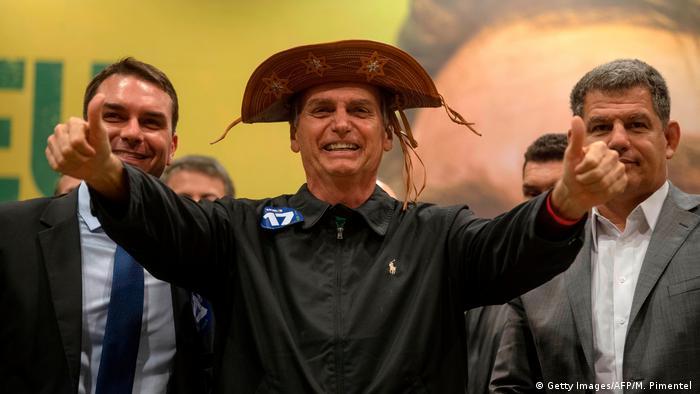Gustavo Bebianno (à dir.), ao lado de Bolsonaro durante a campanha eleitoral