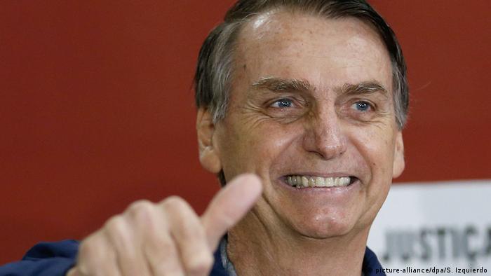Jair Bolsonaro grimaces