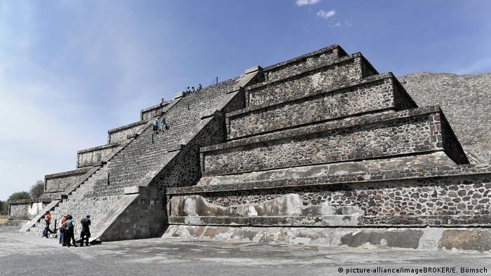 Mexiko Mondpyramide von Teotihuacán