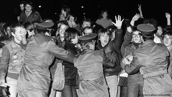 Udo Lindenberg fans rioting (picture-alliance/dpa/Klar)