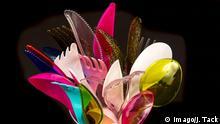 Plastikbesteck, Einwegbesteck, Messer, Gabeln, Löffel, Plastikmüll, verschiedene Farben, Arten, *** Plastic cutlery disposable cutlery knives forks spoons plastic trash various colors types