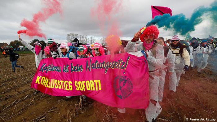 Deutschland Hambacher Forst - Aktionsbündnis Ende Gelände