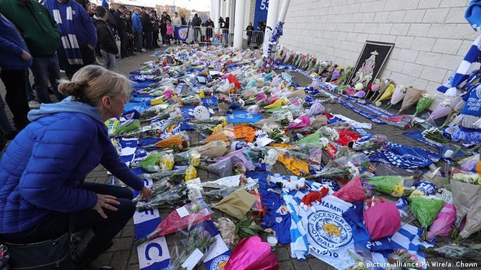 Helicopter crashes near Leicester City's Stadium, chairman Srivaddhanaprabha killed