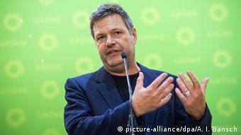 Υπέρ των απαλλοτριώσεων ακινήτων για τη δημιουργία στέγασης εκφράζεται ο συμπρόεδρος των Πρασίνων Χάμπεκ