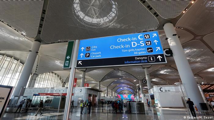 Türkei Eröffnung Flughafen Istanbul (Reuters/M. Sezer)