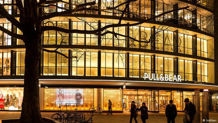 Pull & Bear Flagshipstore in Berlin