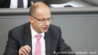 Один из критиков Thalia - депутат бундестага Михаэль Бранд