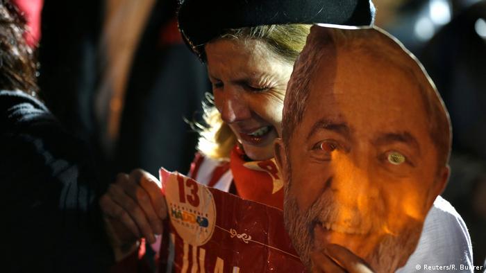 Brasilien Präsidentschaftswahlen Reaktionen (Reuters/R. Buhrer)