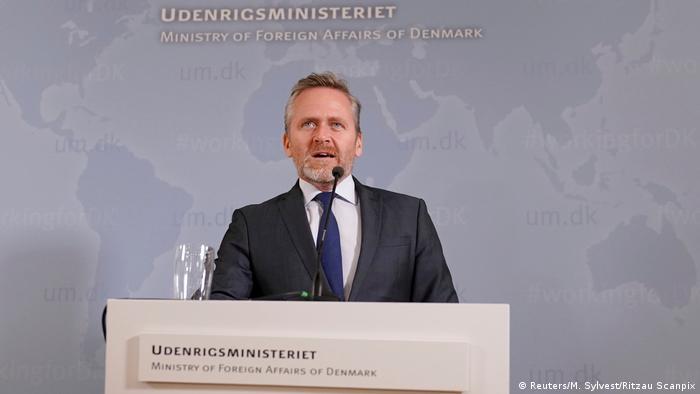 آندرس ساموئلسن، وزیر امور خارجه دانمارک، در نشست مطبوعاتی ۳۰ اکتبر در کپنهاگ