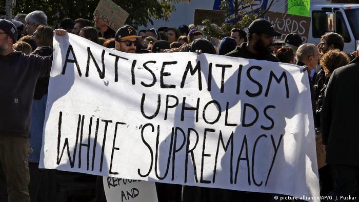 USA Kriminalität l Protest nach der Schießerei an Synagoge in Pittsburgh