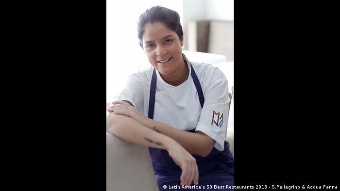 """El premio """"Miele One to watch"""", en esta ocasión para la chef brasileña Manu Buffara, del restaurant Manu, de Curitiba, destaca a un restaurante con un gran potencial para convertirse en parte de la lista de los """"Latin America's 50 Best Restaurants"""" en los próximos años. El jurado destacó su originalidad, técnica y sofisticación."""