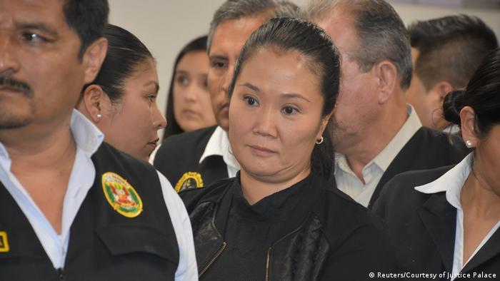 Keiko Fujimori em tribunal em Lima
