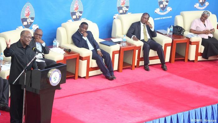 Tansania Symposium an der Universität Daressalam (DW/G. Njogopa)