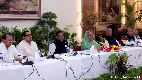 Bangladesch Dhaka Dialog Regierung mit Opposition (Getty Images/AFP)