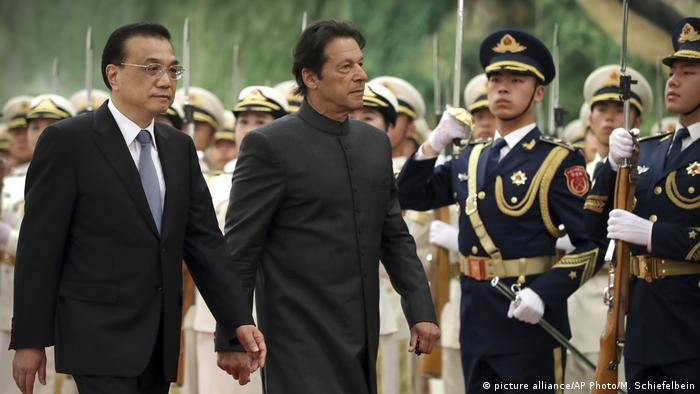 Li Keqiang and Imran Khan