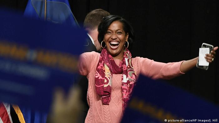 Jahana Hayes, de maestra a candidata al Congreso. (picture-alliance/AP Images/J. Hill)