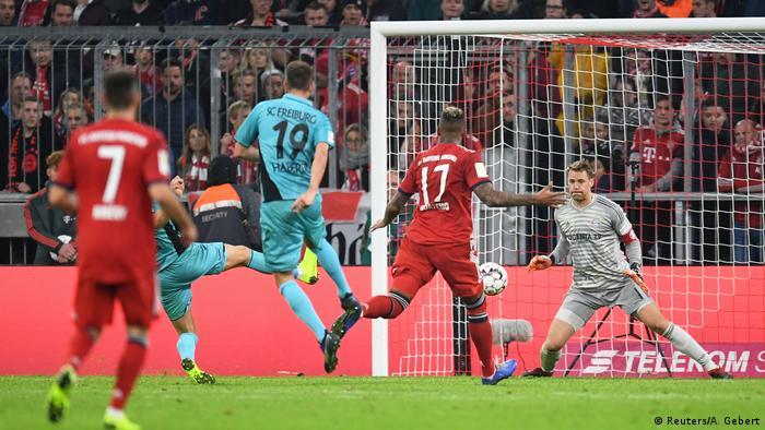 Bundesliga 10. Spieltag | FC Bayern München vs. FC Freiburg | 1:1 (Reuters/A. Gebert)