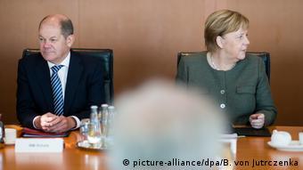 Ангела Меркель и Олаф Шольц