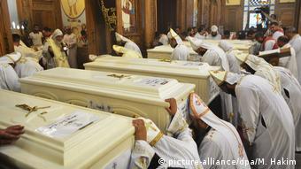 Ägypten | Trauergottesdienst für die in Al-Minya bei einem Anschlag getöten koptischen Pilger