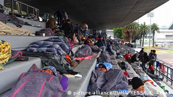 Mexiko Migranten aus Mittelamerika setzen Weg Richtung USA fort