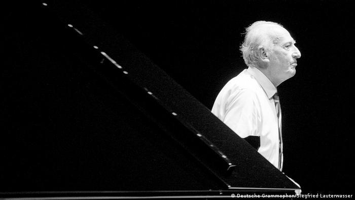 Pianist Maurizio Pollini in 2015 (Deutsche Grammophon/Siegfried Lauterwasser)