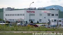 Das Toyota Motoren- und Getriebewerk im polnischen Waldenburg (Walbrzych), aufgenommen am 03.09.2015. Foto: Arno Burgi | Verwendung weltweit