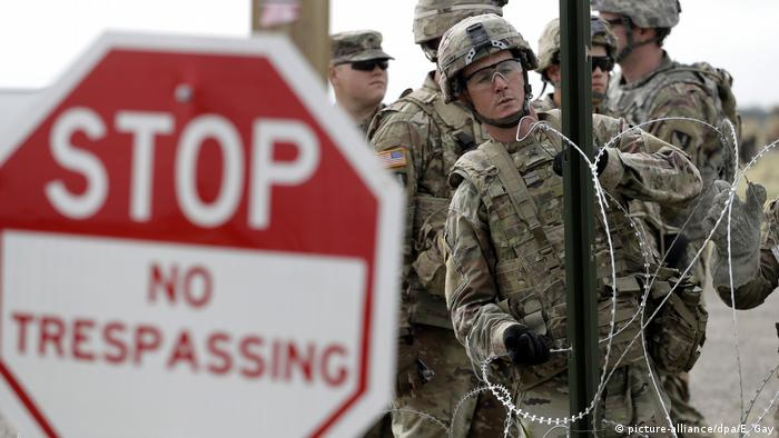 US troops secure the border with Mexico