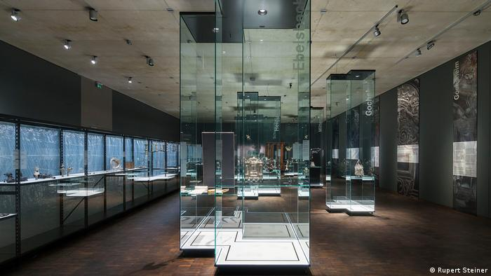 View of glass cases at the exhibition (Rupert Steiner)