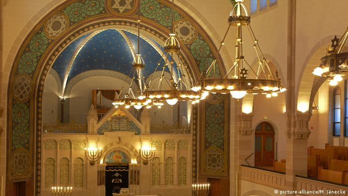 Interior de la sinagoga de la Rykestraße, en Berlín.