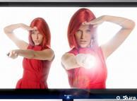 2011ء میں شارپ توشیبا کی طرز کا ہی ایک ٹی وی متعارف کروانے جا رہی ہے، جو ٹچ اسکرین ہو گا