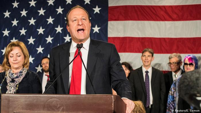 El demócrata Jared Polis protagonizó una premiere, al imponerse en Colorado a Walker Stapleton.