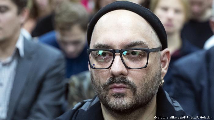 Кирилл Серебренников в ожидании начала заседания суда
