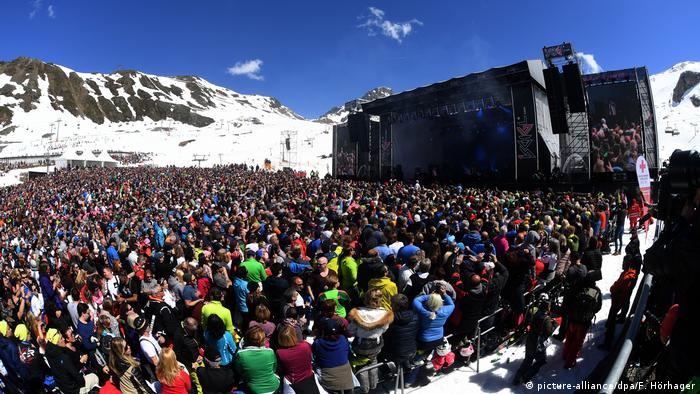 Concert in Ischgl, Austria, in 2018 (picture-alliance/dpa/F. Hörhager)