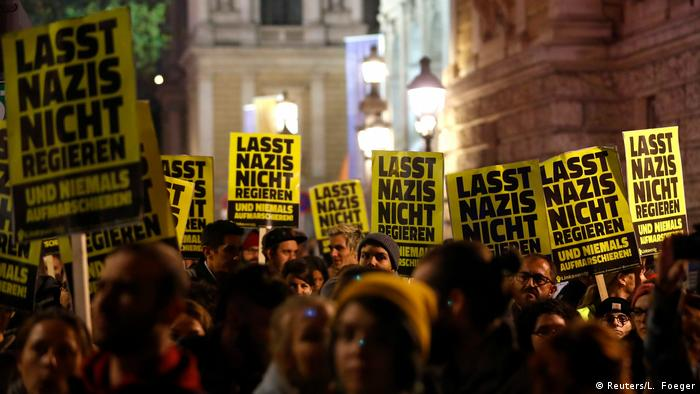 Österreich, Wien: Proteste gegen Minister Herbert Kickl FPÖ