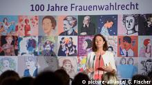 01.11.2018, Berlin: Katarina Barley (SPD), Bundesministerin der Justiz und für Verbraucherschutz, spricht während einer Veranstaltung zu 100 Jahre Frauenwahlrecht im Bundesministerium der Justiz und für Verbraucherschutz.