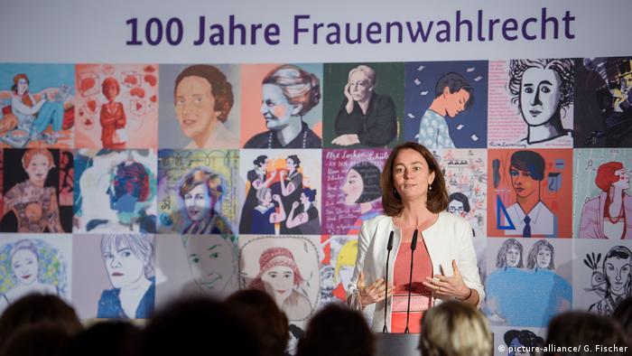 100 Jahre Frauenwahlrecht (picture-alliance/ G. Fischer)