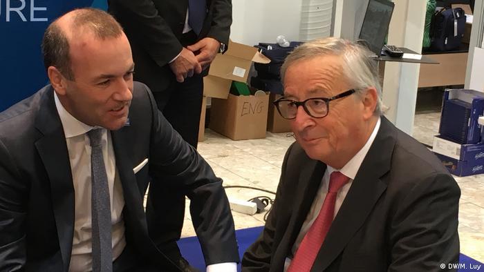 Manfred Weber i Jean-Claude Juncker w Helsinkach