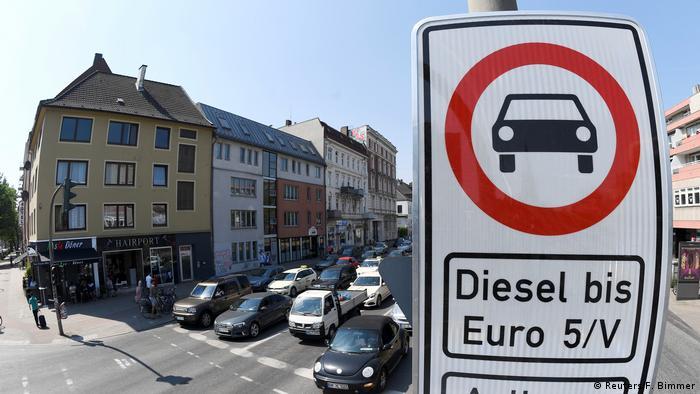 Hamburg: Symbolbild Dieselfahrverbot in Deutschland