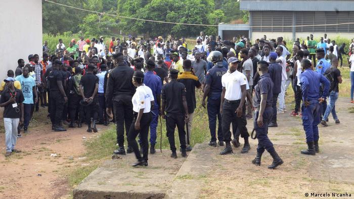Studenten Demonstration in Bissao