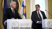 Finnland PK Generalsekretär des Europarates Thorbjørn Jagland mit finnischem Außenminister Timo Soini