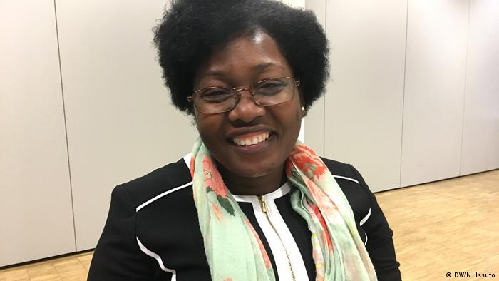 Veronica Sapalo, Leiterin von Plataforma Mulheres em Acao, NGO aus Angola