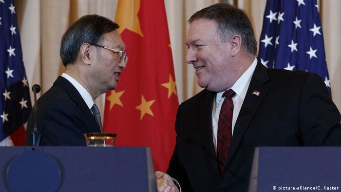 Yang Jiechi, Mike Pompeo (picture-alliance/C. Kaster)