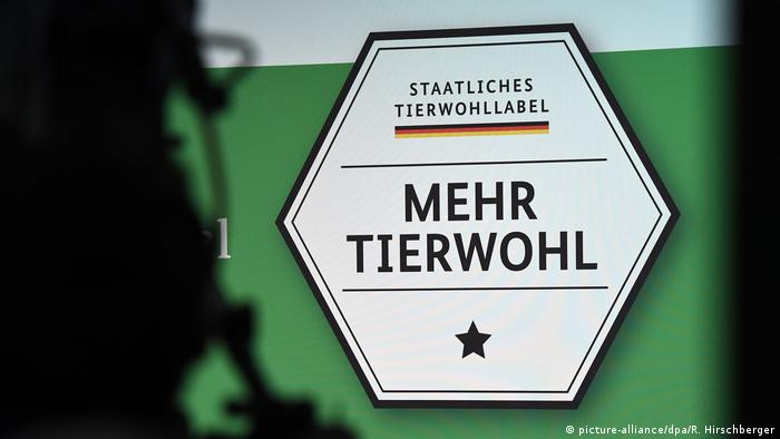 Tierwohllabel (picture-alliance/dpa/R. Hirschberger)