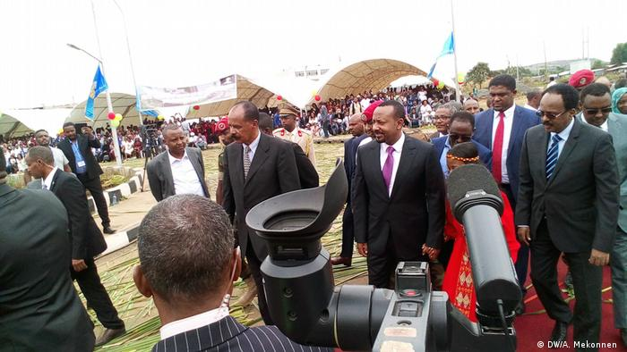 Ethiopia's Prime Minister Abiy Ahmed with the presidents of Eritrea and Somalia, jointly opening a hospital (DW/A. Mekonnen )