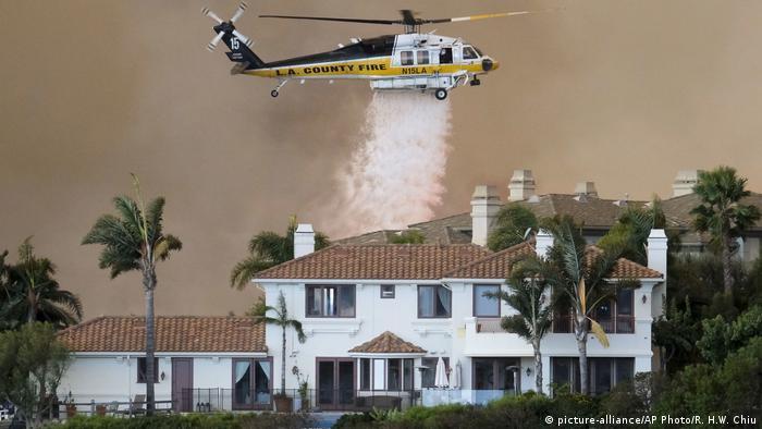 USA Waldbrand - Wolsey Fire in Kalifornien (picture-alliance/AP Photo/R. H.W. Chiu)