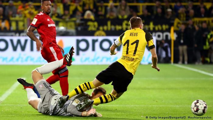 Fußball Bundesliga 10. Spieltag   Borussia Dortmund v Bayern München